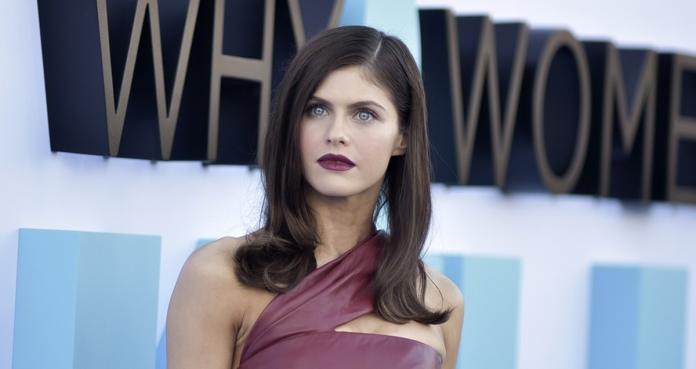 Alexandra Daddario, Why Women Kill All, Baywatch, actriz,