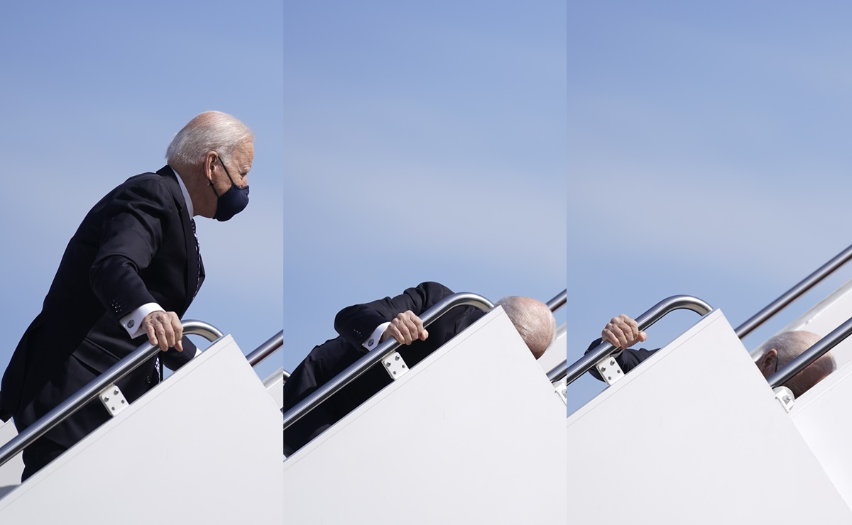 Joe Biden torpieza al subir el Air Force One