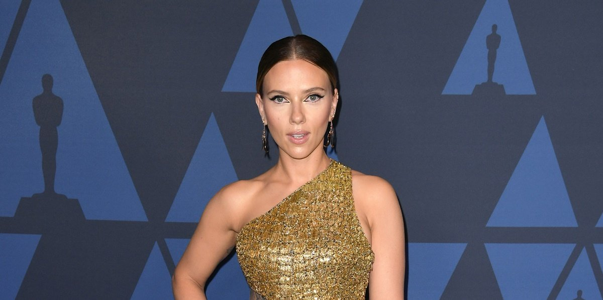 Scarlett Johansson, Black Widow, vestido de raja, Governors Awards,