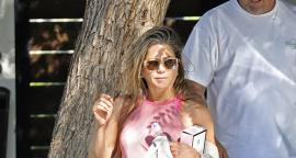 Jennifer Aniston deslumbra con figura en leggings por Beverly Hills