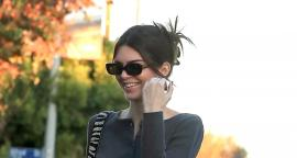 Kendall Jenner cautiva con cintura y top braless en West Hollywood