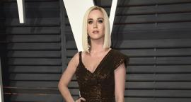 Katy Perry luce figura torneada con leggings en California