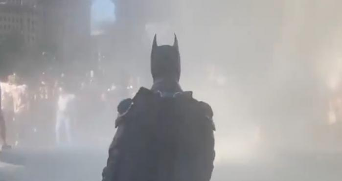 video, batman, protestas,
