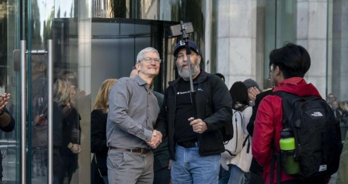 Tim Cook, Apple Store, Nueva York, Manhattan, iPhone 11,  iPhone 11 Pro,  iPhone 11 Pro Max,