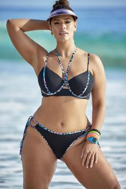 Ashley Graham luce bikini