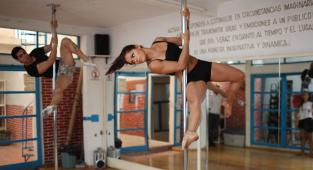 Pole dance, bailarines