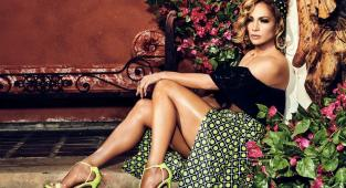 Jennifer Lopez, Guess,