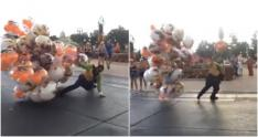 vendedor de globos, video, Disney World, Orlando,
