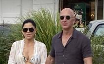 Jeff Bezos, Lauren Sanchez, Amazon,