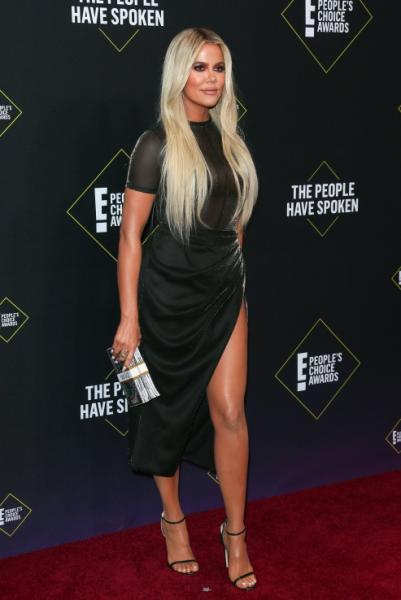 khloe_kardashian_en_poples_choice_awards_vestido.jpg